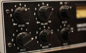 Comment régler un compresseur ? Gain, attaque et relâchement
